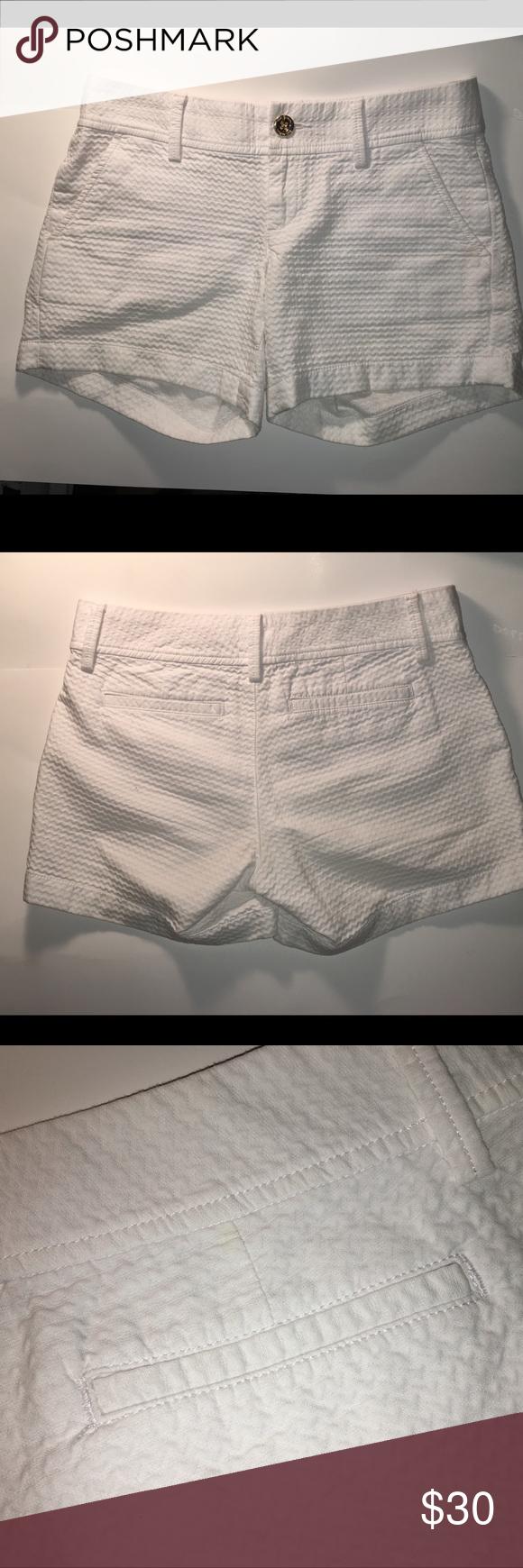a54a0fbb5cc30c Lilly Pulitzer White Callahan Shorts - Size 0 Lilly Pulitzer White The Callahan  Shorts Size 0