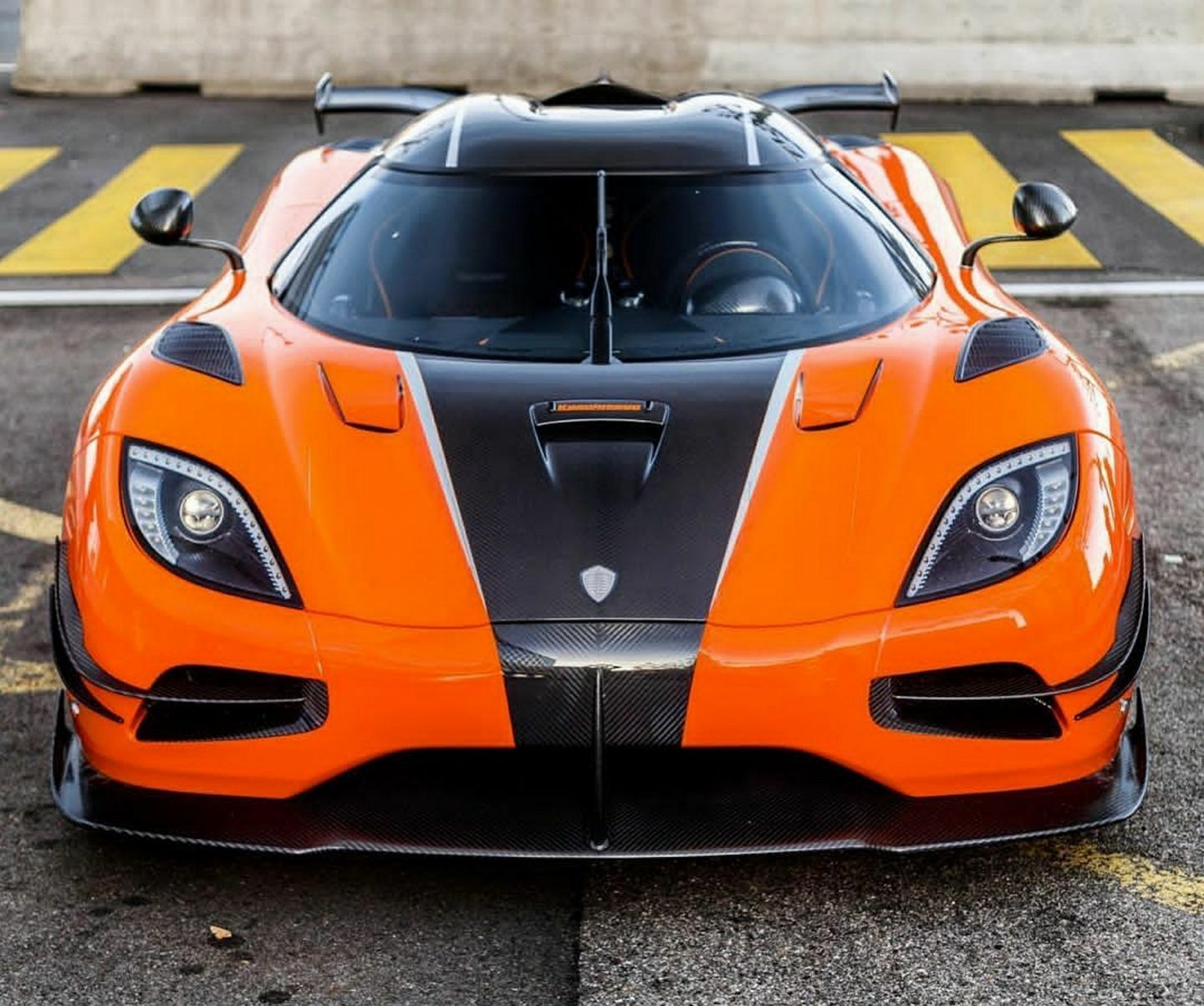 Kownifsegg Sport: Koenigsegg, Expensive Sports Cars