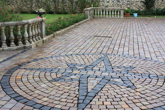 Pavés rosace Agrandissement Pinterest Driveways and Yards