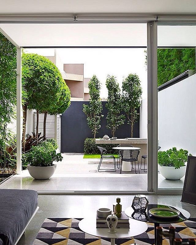 Blurring the boundary between indoors and outdoors - Accesorios para jardines pequenos ...