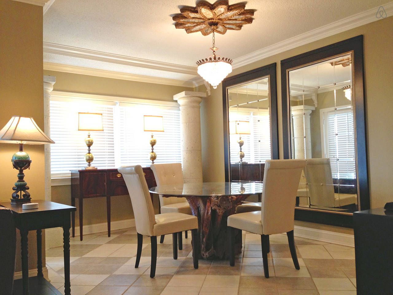 Stylish Condo Next to Rupp Arena vacation rental in