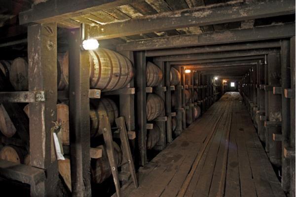 Inside The Rack House At Jim Beam Beams Jim Beam Favorite Places