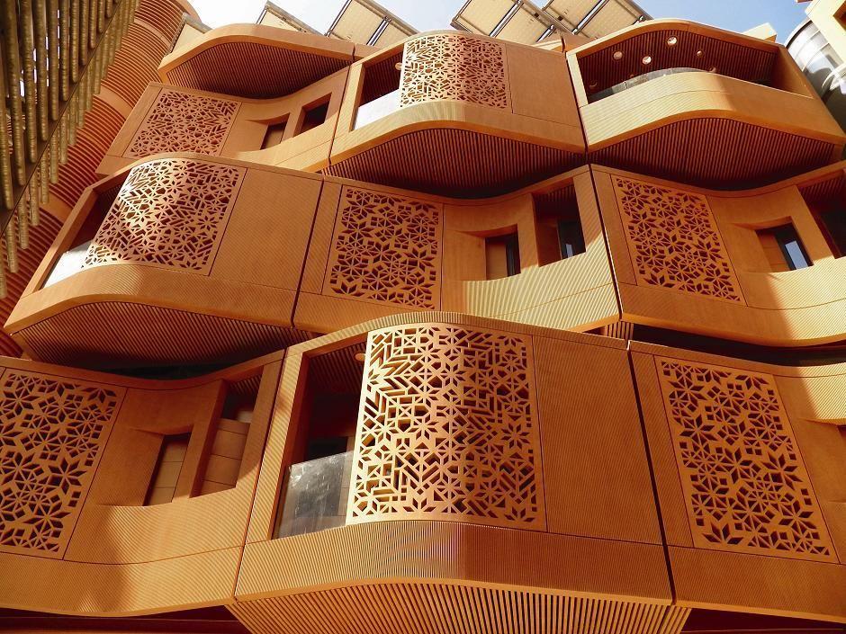 Geometry of very modern Islamic designs | Islamic design ...