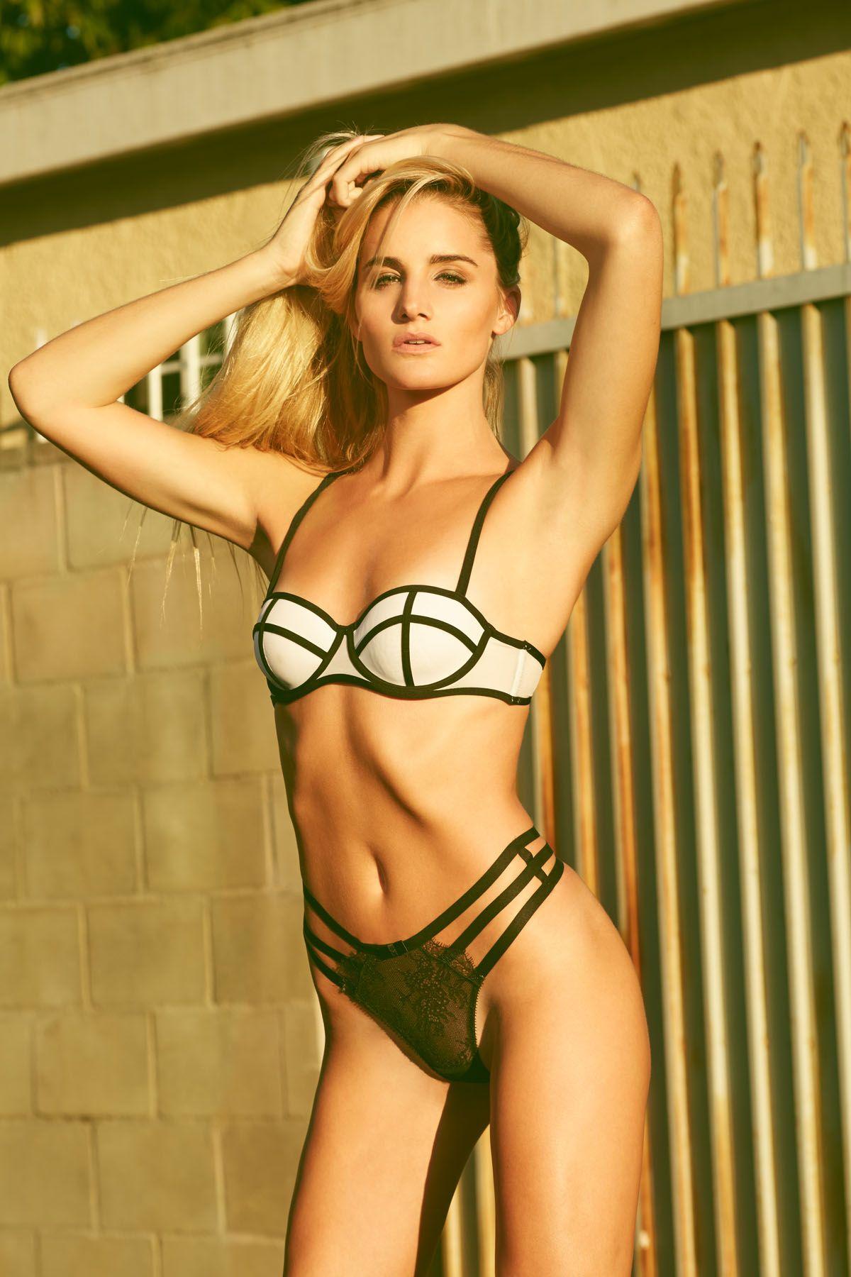 Bikini Dana Wright nude photos 2019