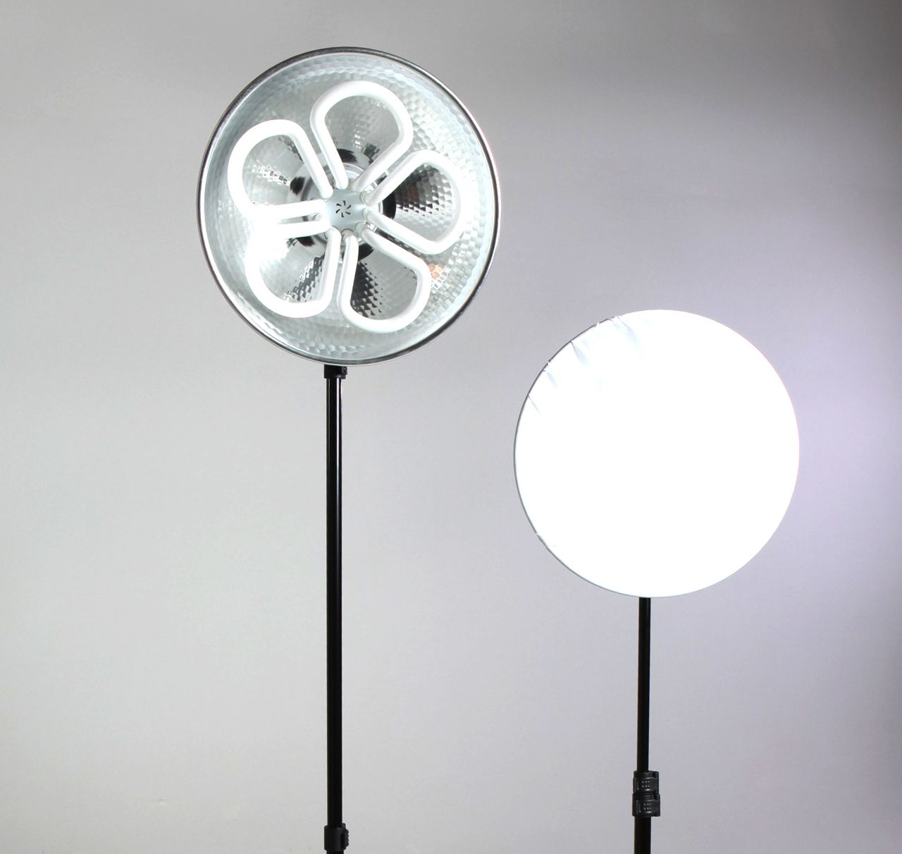 Stellar Sun Panel Duo Led Light Kit 2 Metal Stands With Images