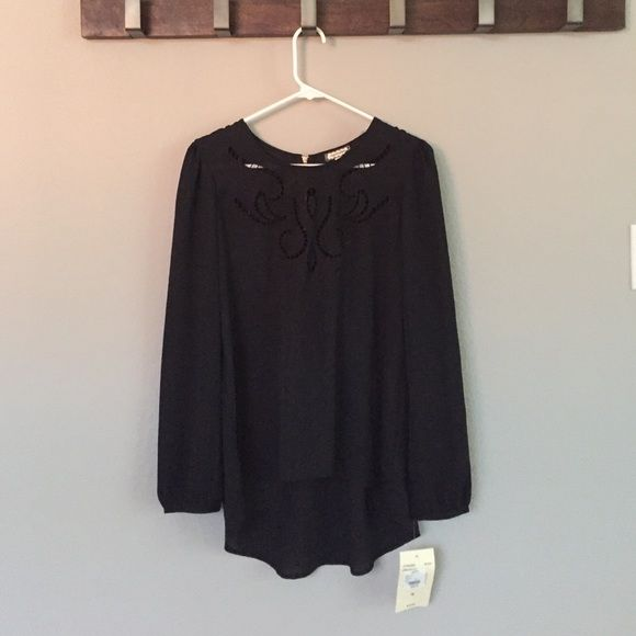 Eyeshadow brand Black Flowy Top -S Eyeshadow brand black top with detail around the neck and a gold zippered back. Never worn, new with tags. Tops Blouses