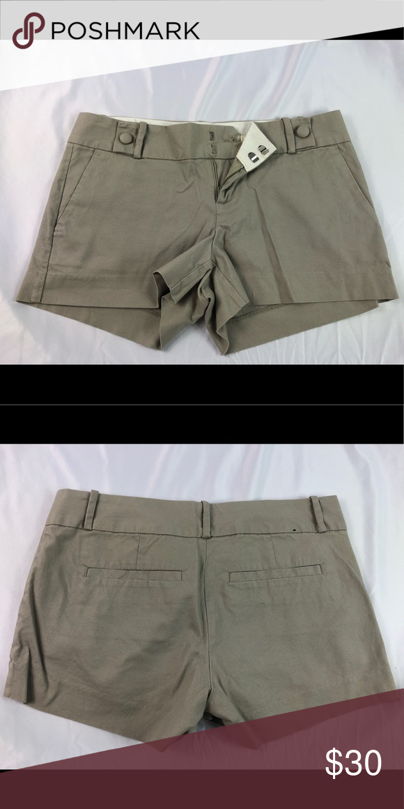 0d5db8bbb0 Banana Republic Shorts Banana Republic Shorts • Tan / Khaki • Size 4 • 97%