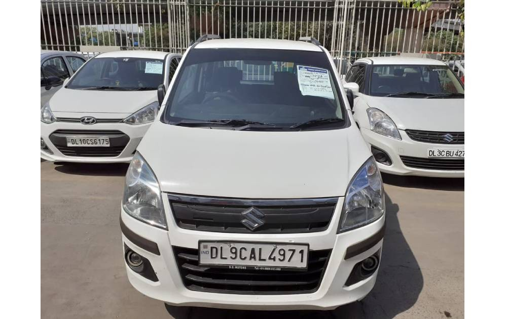 Used Maruti Suzuki Wagon R under 4 Lakh is on sale in