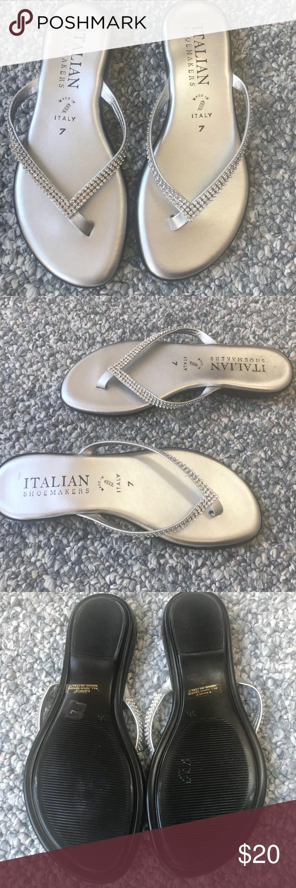 4ec7d9fa1 Italian Shoemakers Fancy Silver Sandal Size 7 Beautiful ...like new.
