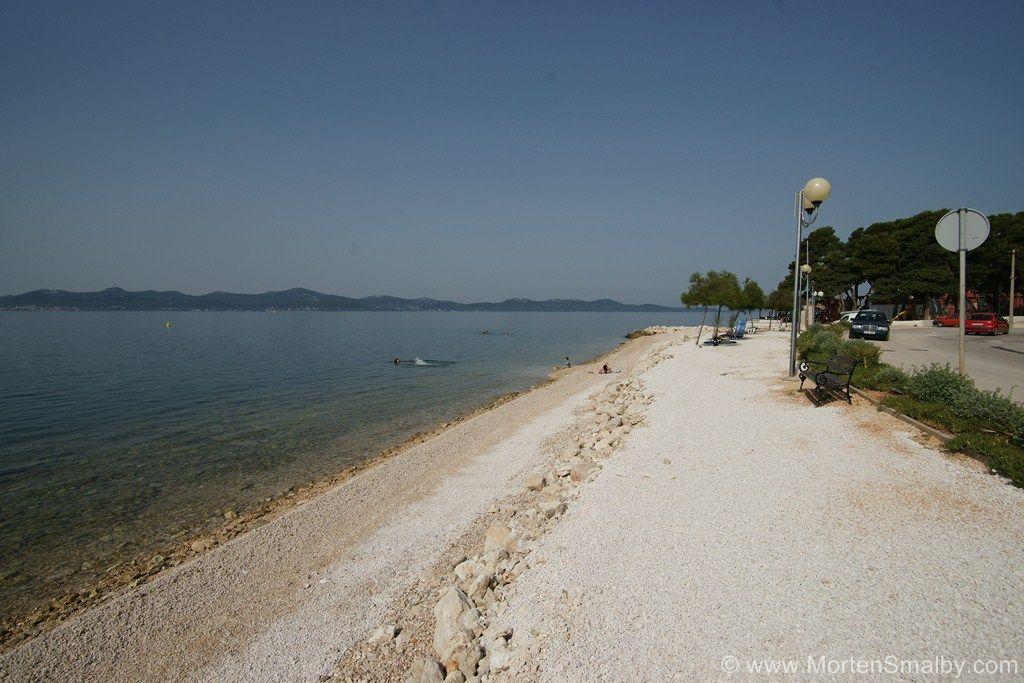 Ein toller Strand im Stadtteil Puntamika, er befindet sich gleich vor dem Eingang ins Autocamp...