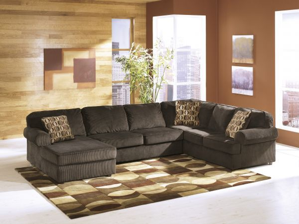 Vivian 3 Pc Sectional 1 299 99 Sku 136162 Dimensions 143wx92dx36h The Casual Vivian Sectional Combines With Images Ashley Furniture Sectional Ashley Furniture Furniture