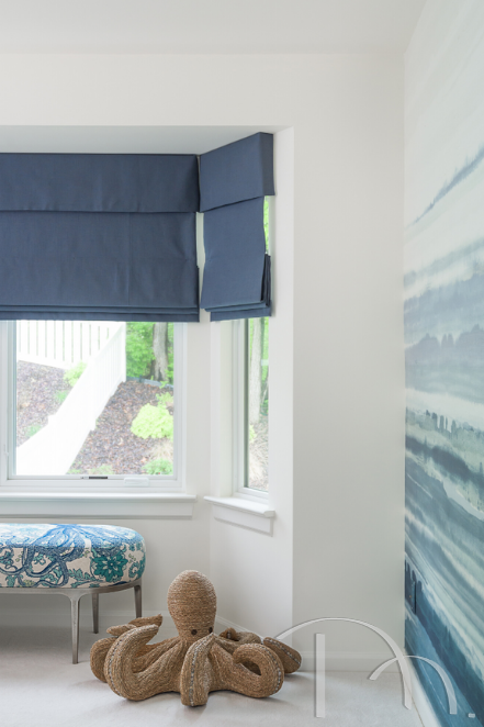 PPG chose a rich jewel tone, also blue, for its 2020 Color of the Year. Chinese Porcelain is a beautiful blend of cobalt and ink blue that imparts calmness and restful sleep.  Photo: Design by Marcia Moore | Photo by Karen Palmer #2020colors #2020coloroftheyear #2020colorsoftheyear #pantoneclassicblue #sherwinwilliamsnaval #ppgchinese porcelain #behrbacktonature #benjaminmoorefirstlight #marciamooredesign #marciamooredesignblog #allthebestm #interiordesign
