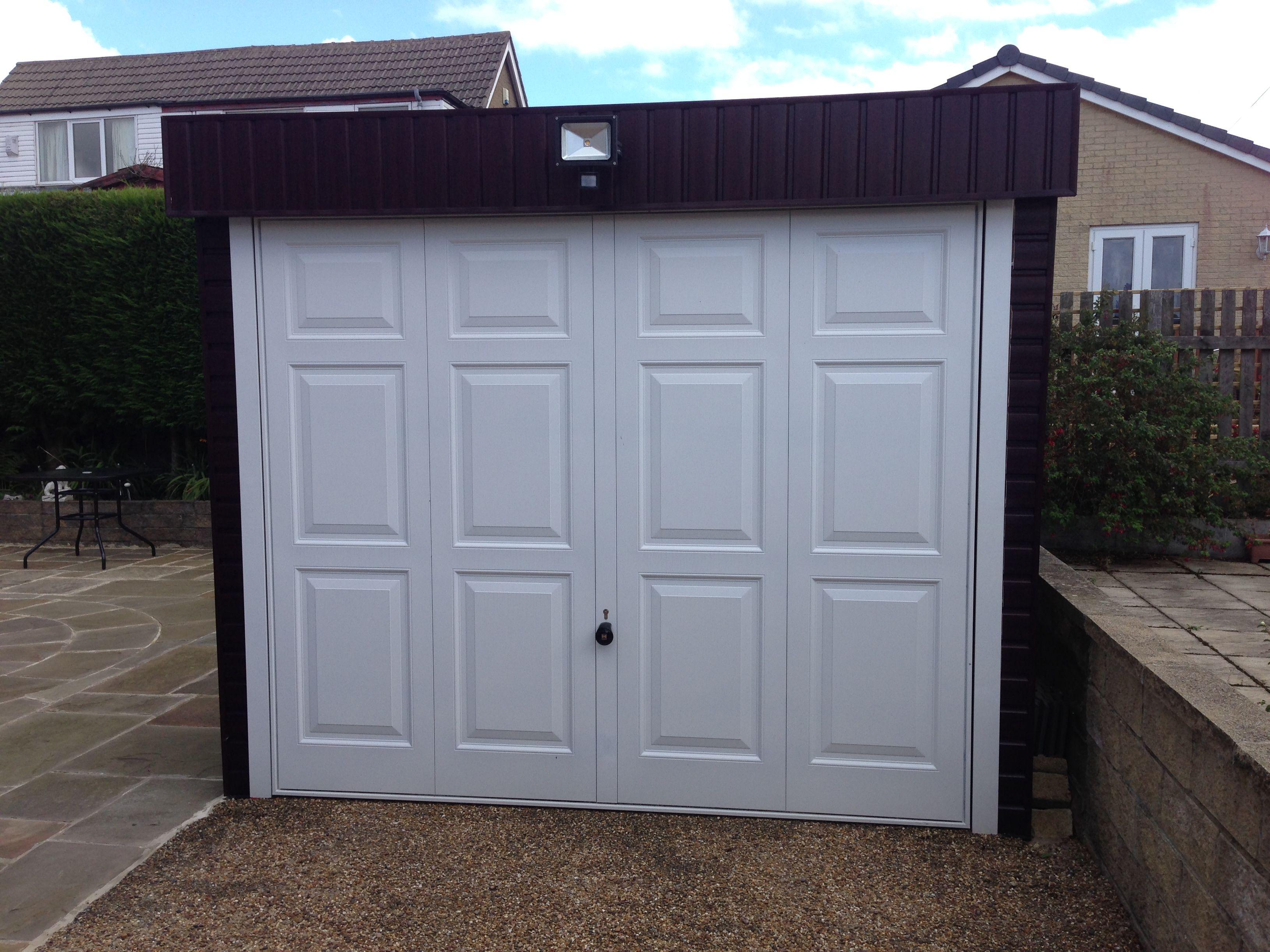 Hormann Up And Over Garage Door Georgain Style In White Garagedoor