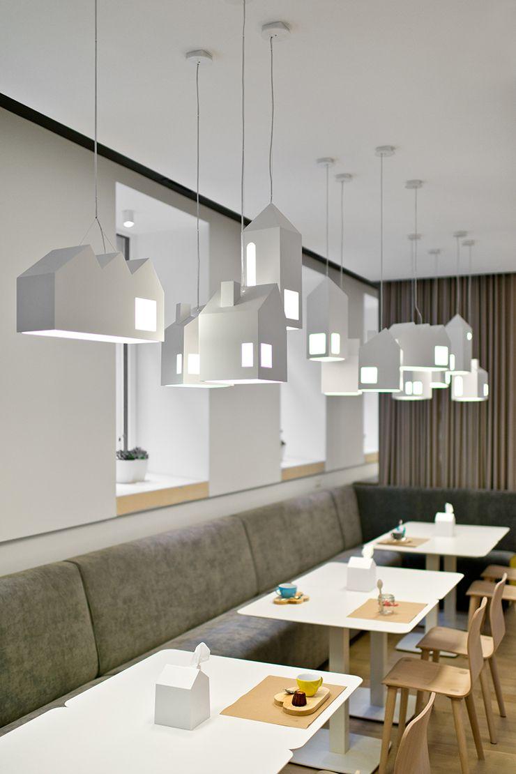 Doe eens gek en kies voor een huisje in huis lighting fixtures