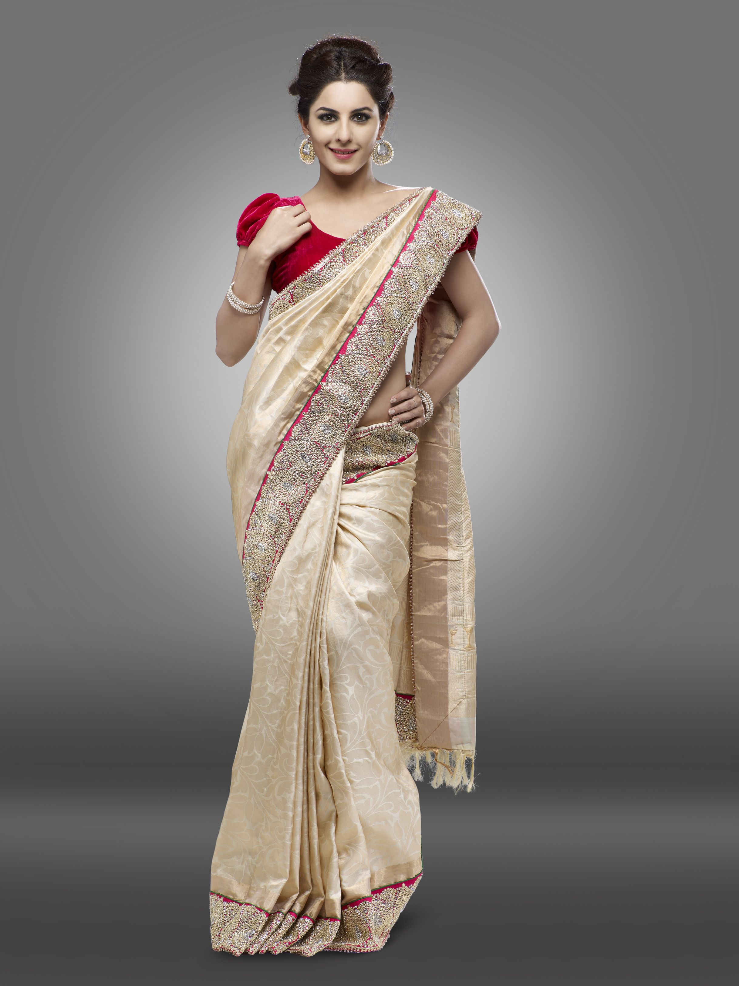 Pure Banarasi Saree In Offwhite With An Uppada Style Zari