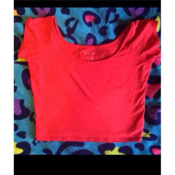 Wet Seal Red Crop Top size medium , but can fit a small as well! only tried on , really cute & perf for summer .. same day next day shipping! Tops Crop Tops