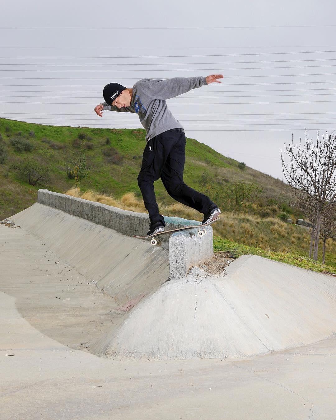 Repost Andrewdietterle Backside Lip Slide Albrunelle Skatediy Skateboarding Skateboard Skate Skatelife Skateboard Pictures Skateboard Ride Or Die