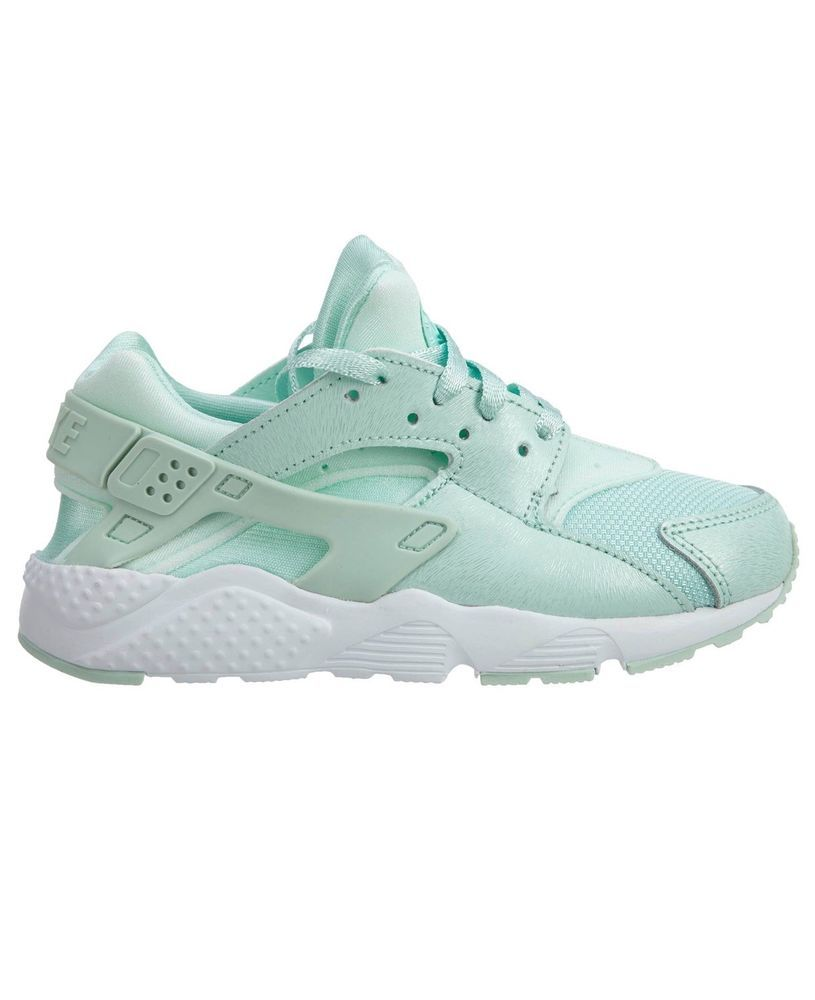 18d737fa20fc Nike Huarache Kids Size 1Y