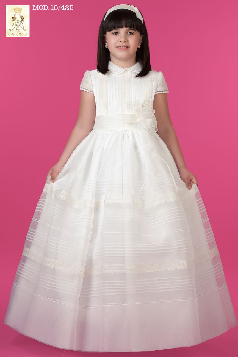 Tradicional vestido de comunión   vestidos de comunión   Pinterest ...