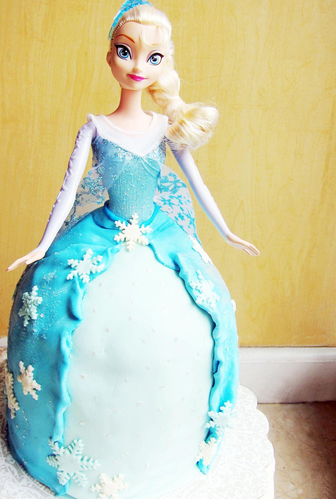 Elsa Doll Cake Elsa doll cake, Elsa doll, Doll cake