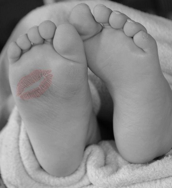 Lipstick Feet Cute Black And White Kiss Baby Feet Lipstick