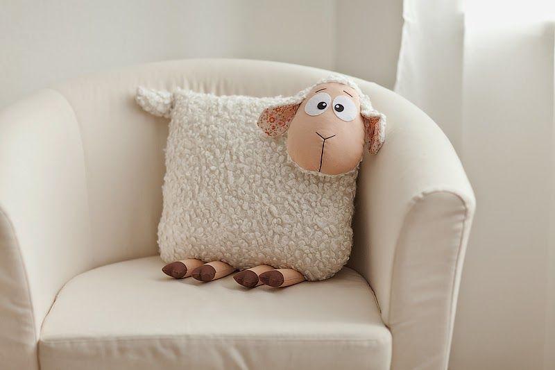 Руками и душой: Овечка-подушка и Овечка-игрушка #funnythings