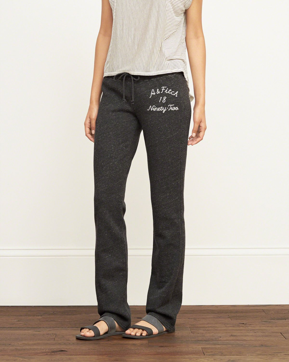 Womens Sweatpants & Leggings | Clearance | Abercrombie & Fitch
