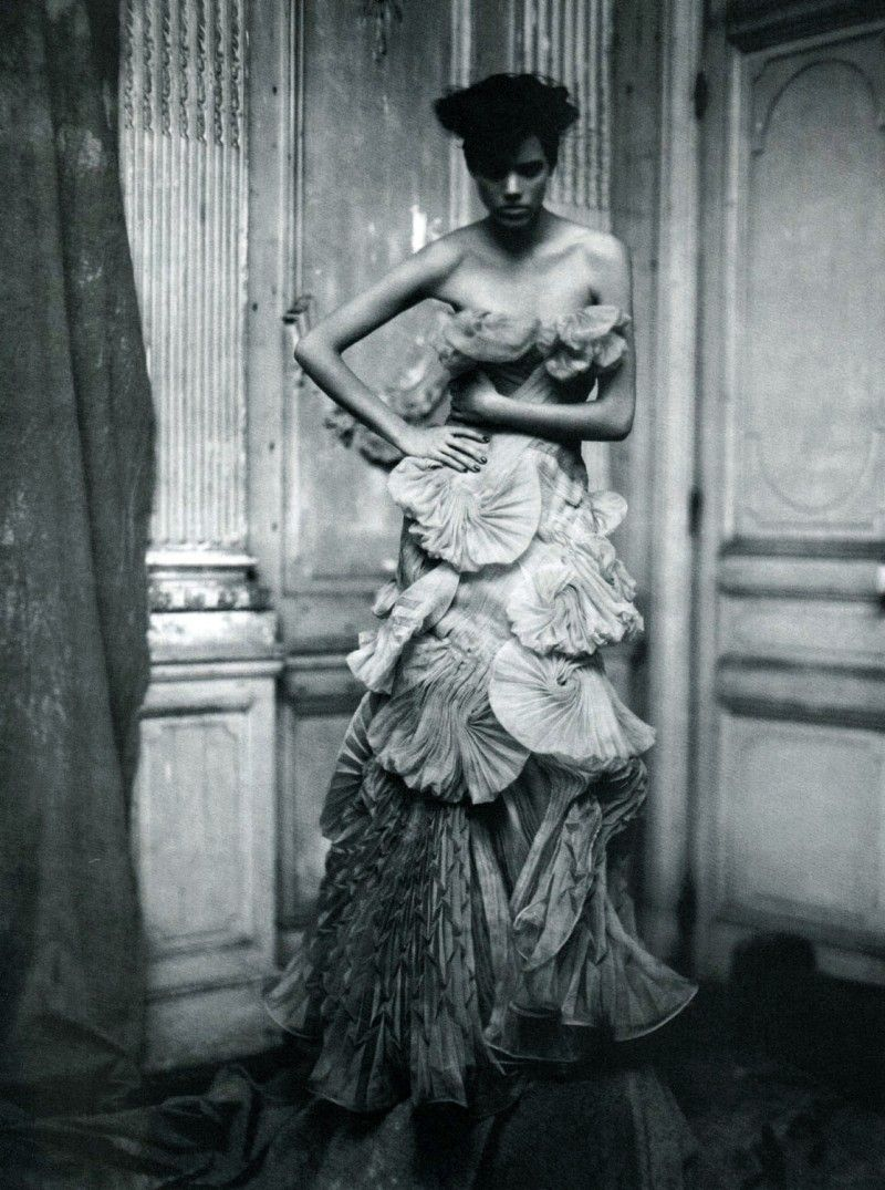 Photo by Paolo Roversi, originally published in Vogue Italia 2008