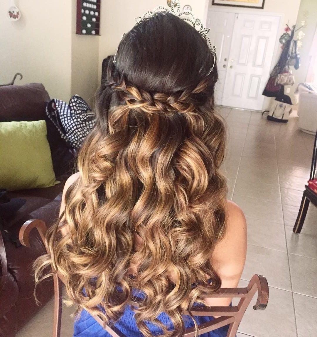 25 Amazing Quinceanera Hairstyles Ceplukan Quince Hairstyles Hair Styles Quinceanera Hairstyles