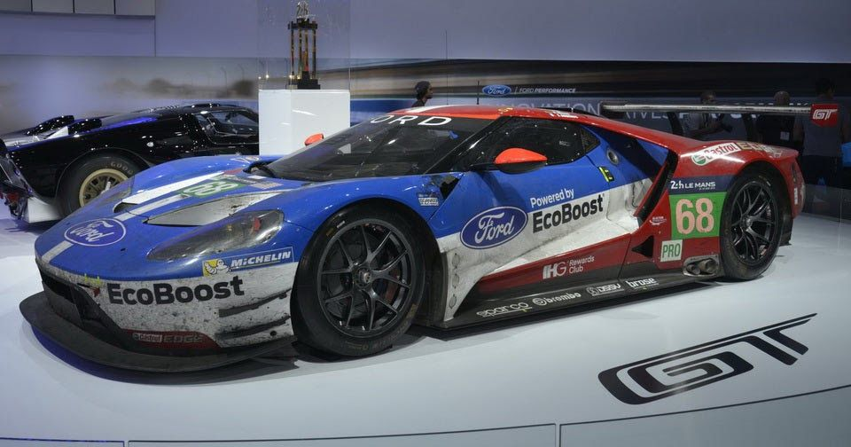 All-New Ford GT Race Car Makes Pit Stop In LA #Ford #Ford_GT