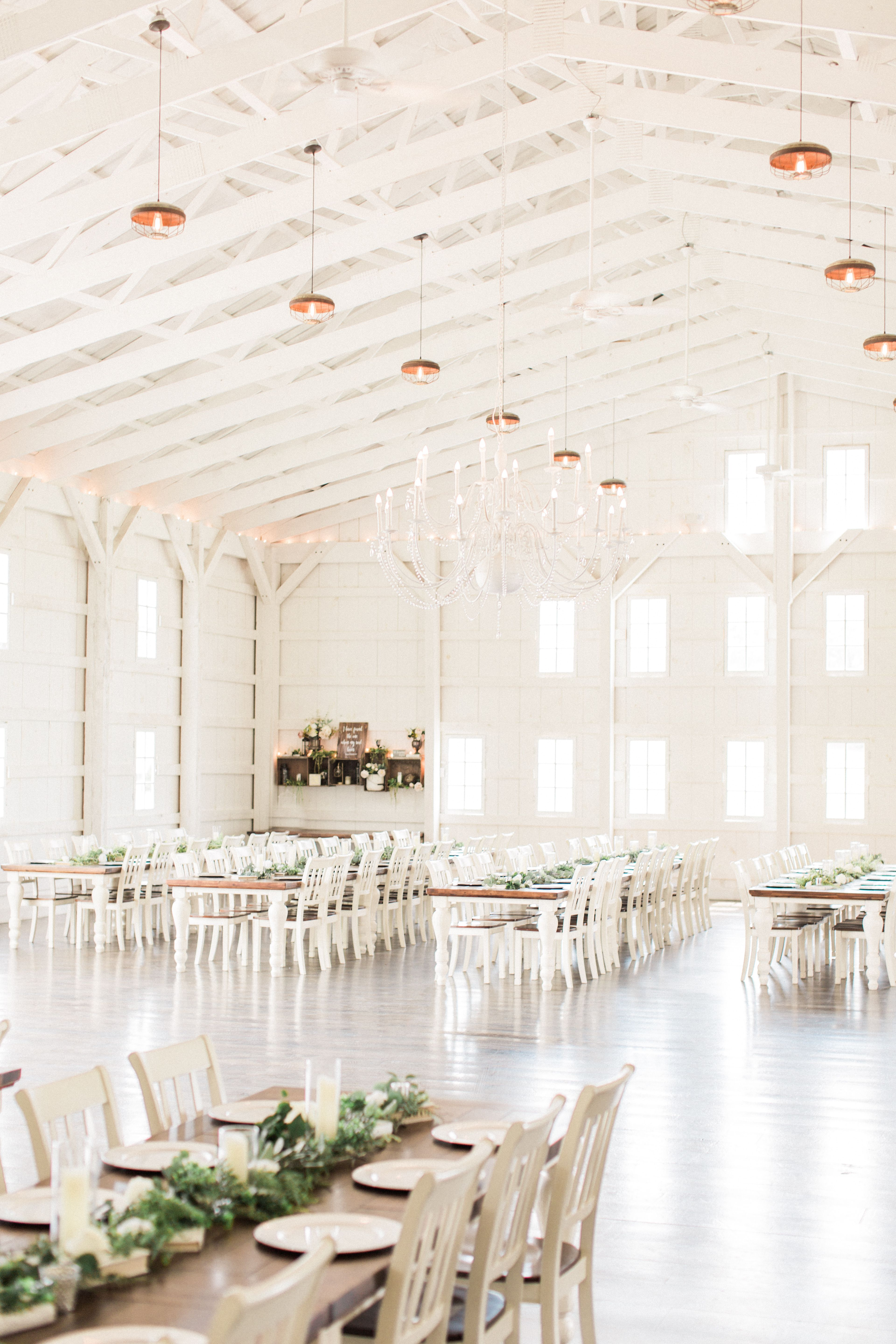 The White Barn At Lucas Farm Wedding Megan Lee Photography Luxury And Green