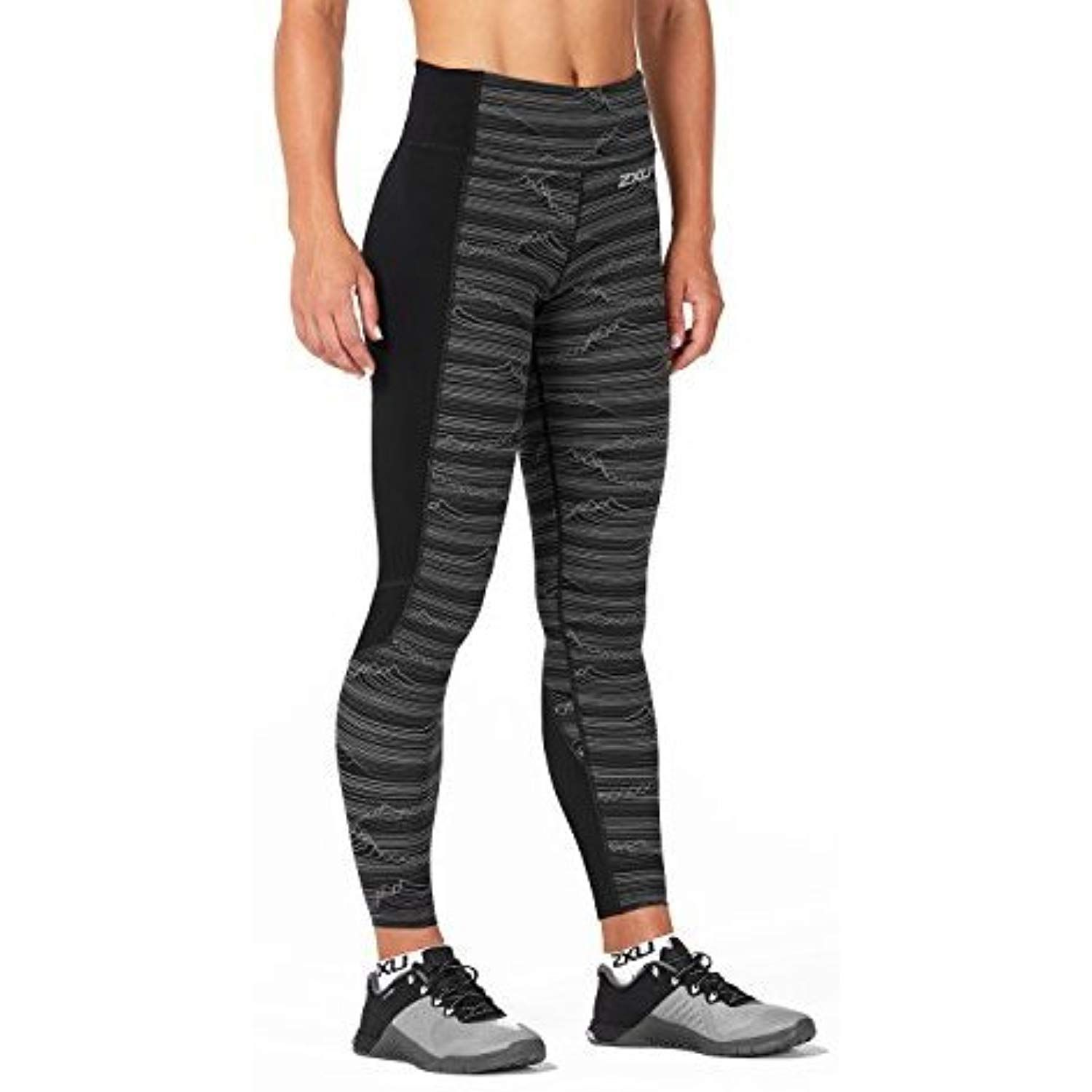 c7304c80b45f89 2XU Women's Fitness Compression Tights w/Storage, Phantom Waves/Black,  Medium -- Check out the image by visiting the link. (This is an affiliate  link) # ...