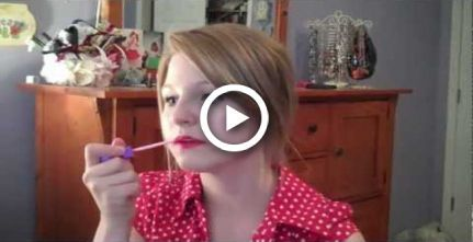 Taylor Swift Begin Again Inspirierter Look  Vintage Look  Roter Lippenstift