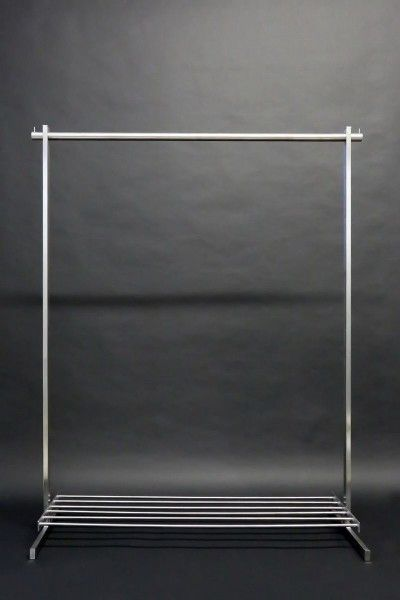 Garderobe Aus Edelstahl Rohr Mit Integrierter Schuhablage