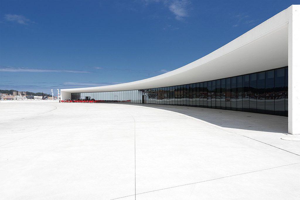 https://flic.kr/p/we427E | Centro Niemeyer, Avilés, Spanje | Architect: Oscar Niemeyer (2011)