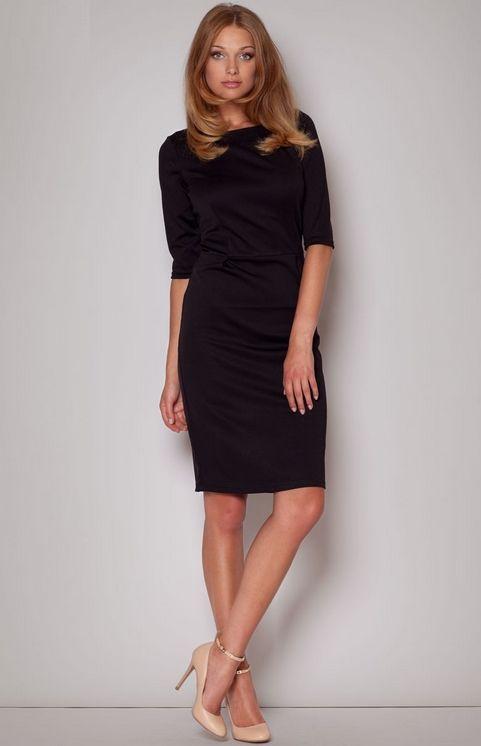 091b43410a1 Charmante petite robe noire à manches mi-longues