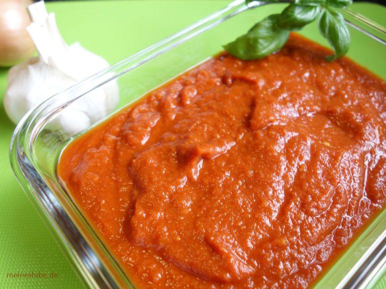 Pizzasauce Selber Machen Mit Frischen Bio Tomaten Meinestube Rezept Pizzasauce Tomaten Lebensmittel Essen