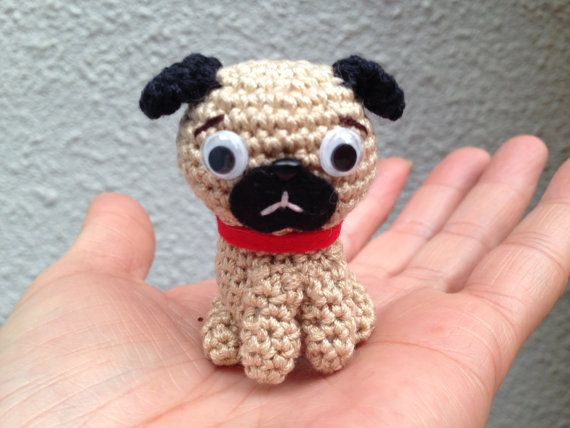 Sitting Pug pattern A | Easy knitting patterns, Pink dog ...