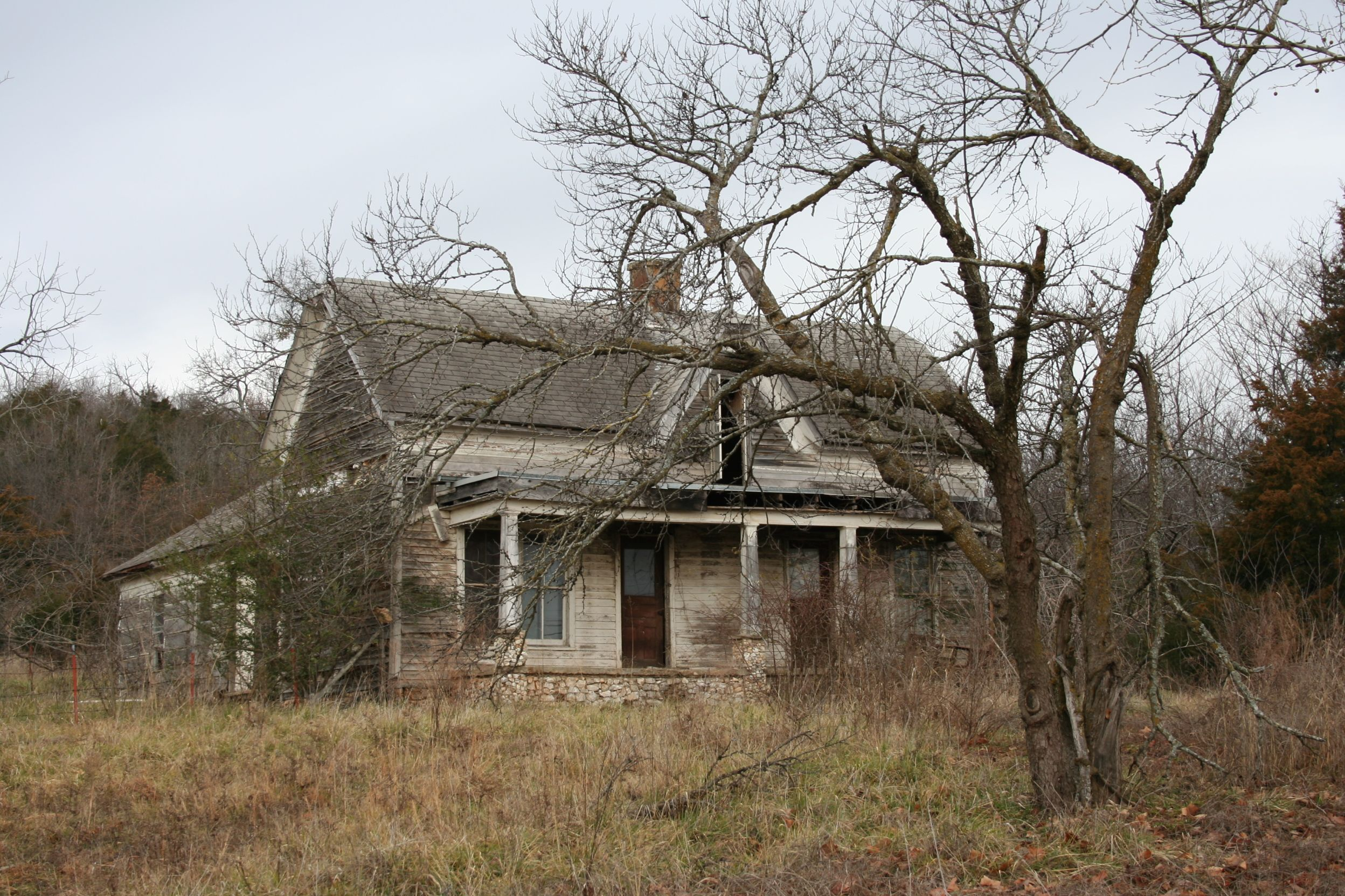 This old house in Arkansas Creepy old houses, Old farm