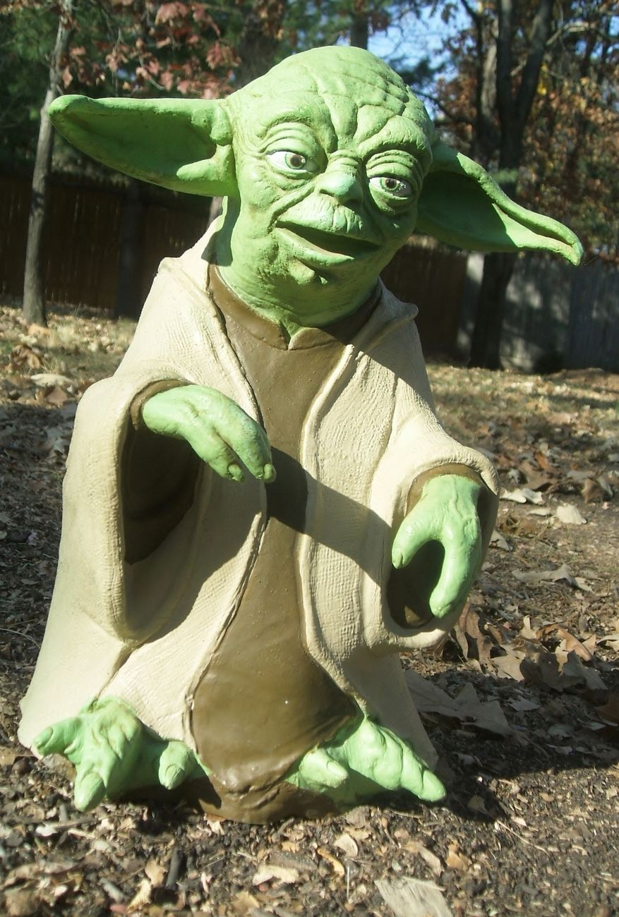 Very Rare 1999 Star Wars Yoda Latex Puppet Is Made By
