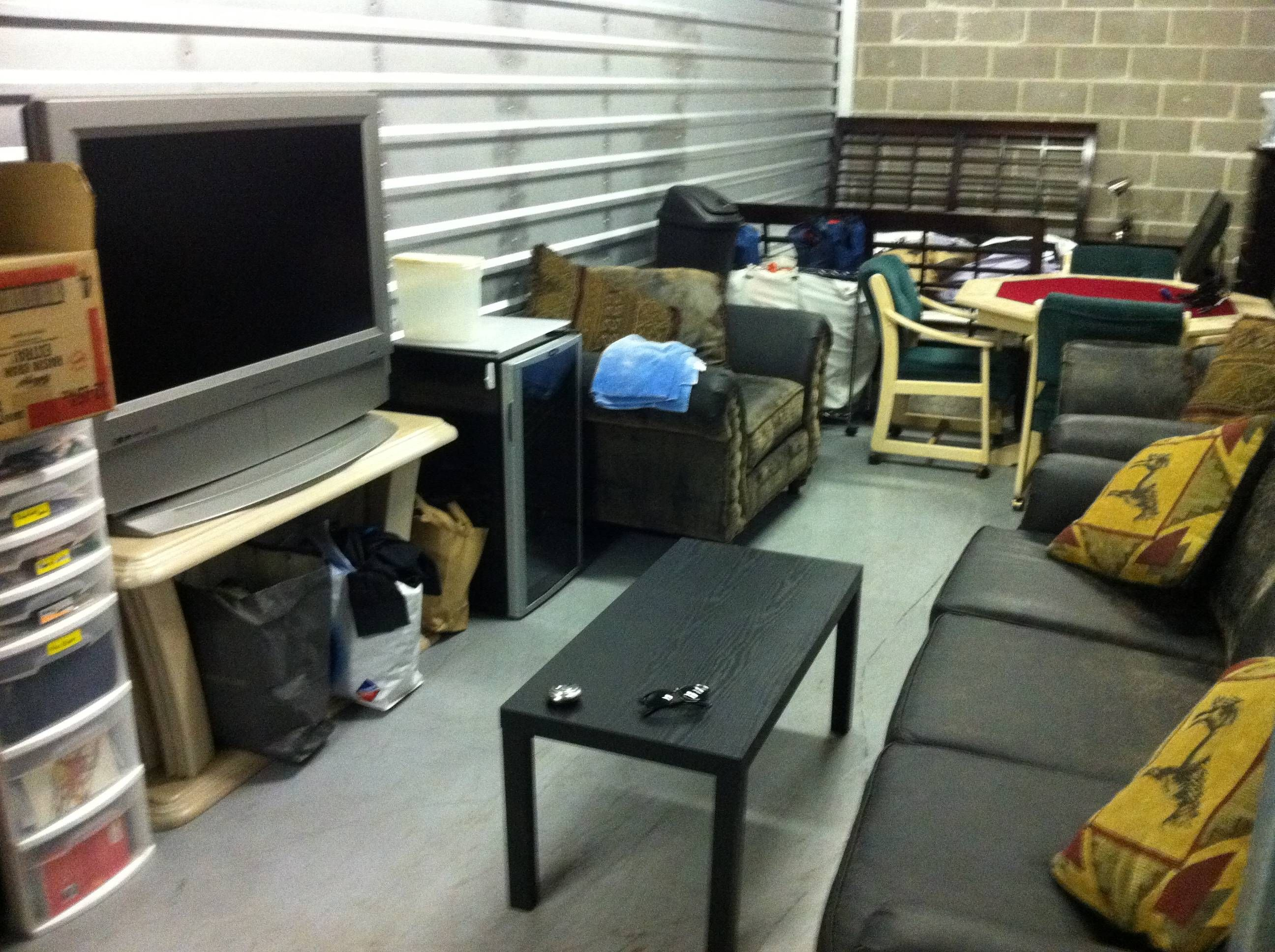 My Friends Said I Couldn T Live In A Storage Unit Imgur Home Decor Home Storage