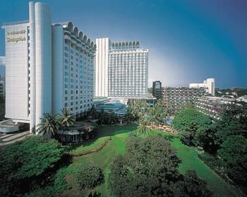 For exciting #last #minute #hotel deals on your stay at SHANGRI LA SINGAPORE, Singapore, Singapore, visit www.TBeds.com now.