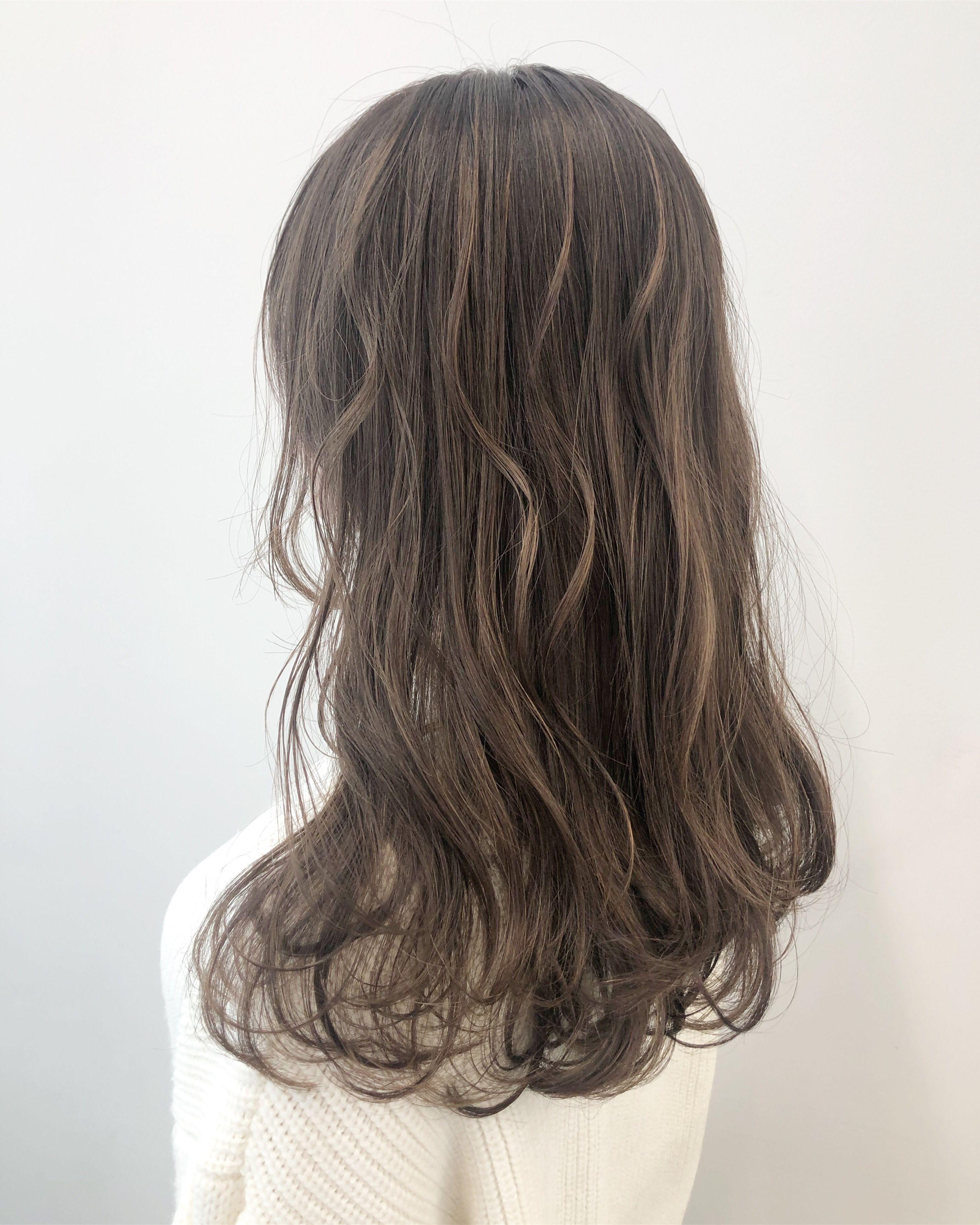 外国人風カラー ミルクティーベージュ ヘア アイディア 美髪