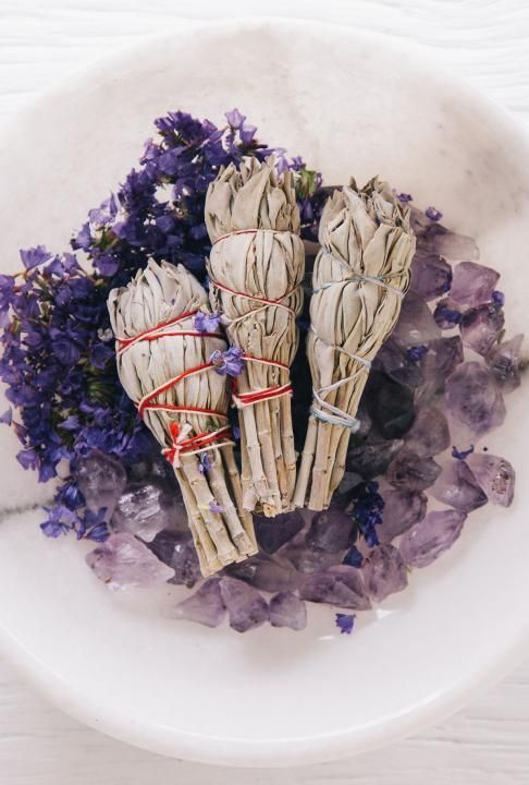 Sage smudge sticks, lavender, amethyst. Loving the magic in this photo!
