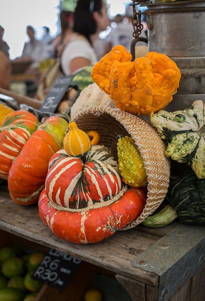 Besuchen Sie Oranjezicht City Farm Market (OZCF) in Kapstadt Nieselregen und Dip