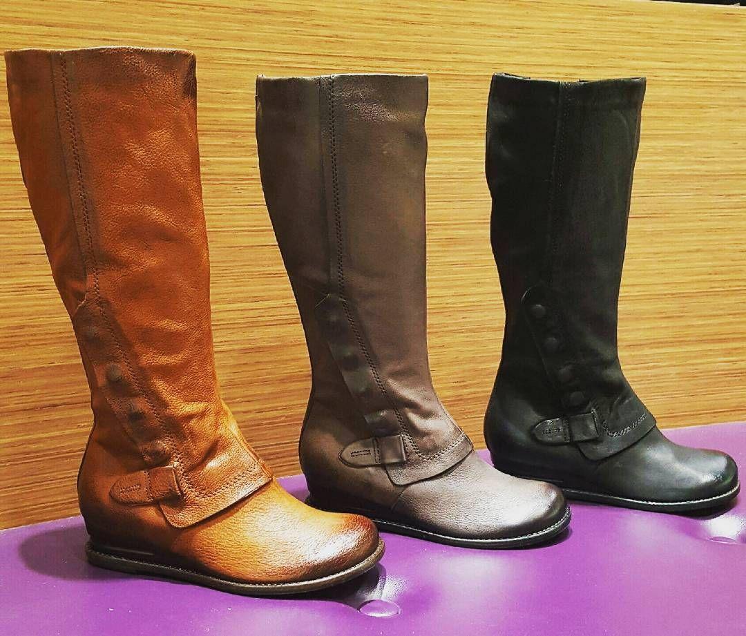 1c981f8b173 Oh hey Miz Mooz lovers - we just got our shipment of brand new boot Bennett