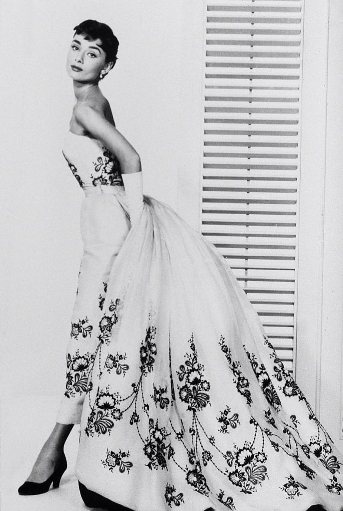 Audrey Hepburn as Sabrina in a Givenchy dress. What an icon ...
