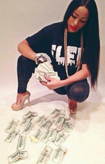 Swag girl getting money