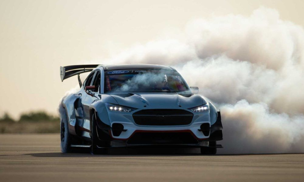 Ford Builds A 1400 Hp Mustang Mach E All Electric Drift Car In 2020 Ford Mustang Mustang Ford