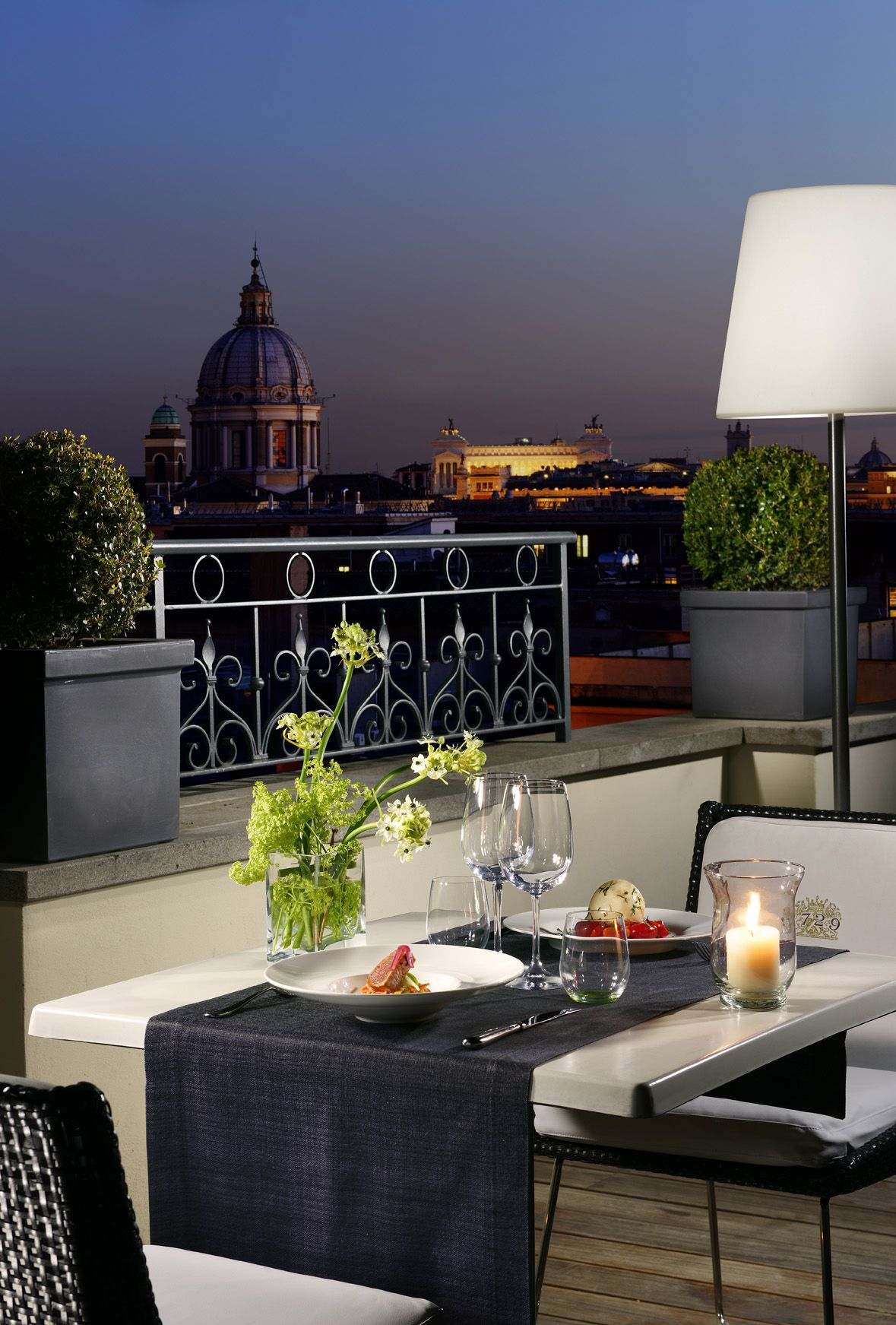 Dining under the stars at The First Luxury Art Hotel Roma ...
